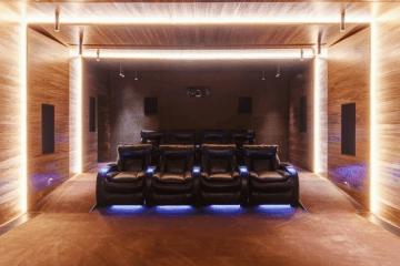 Домашние кинотеатры и комнаты для прослушивания музыки - фото